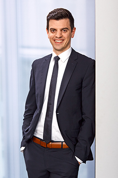 Alexander Vielwerth, German Attorney at Law, LL.M. oec., Certified Foundation Consultant (FSU Jena)